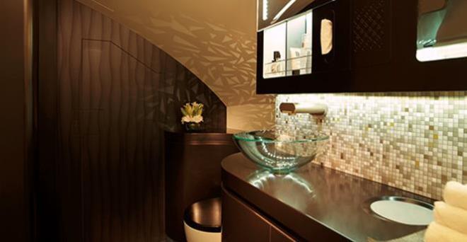 First class shower onboard Etihad A380